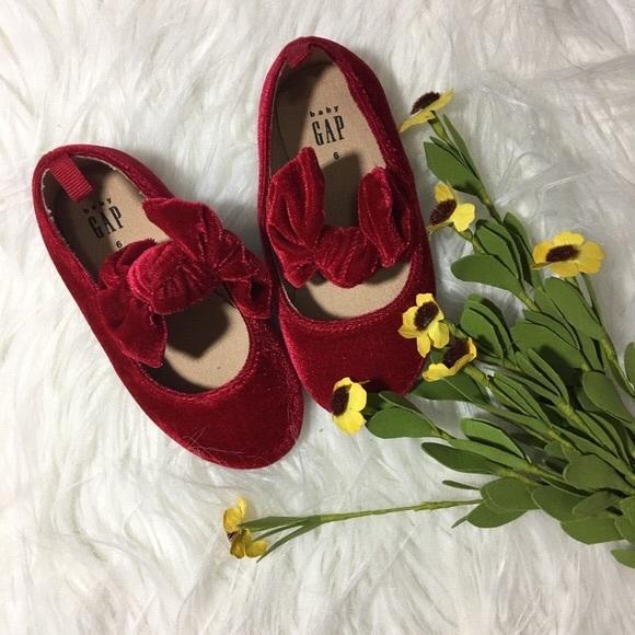 GAP Other - ❌ SOLD ❌ gap • red velvet ballet flats • size 6